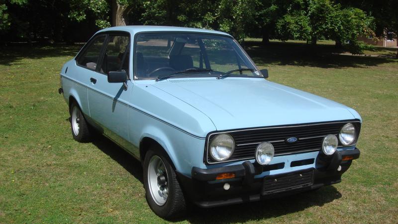 Sold Ford Escort In Cambridge